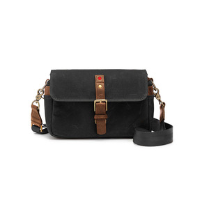 ONA Bowery for Leica Canvas Black